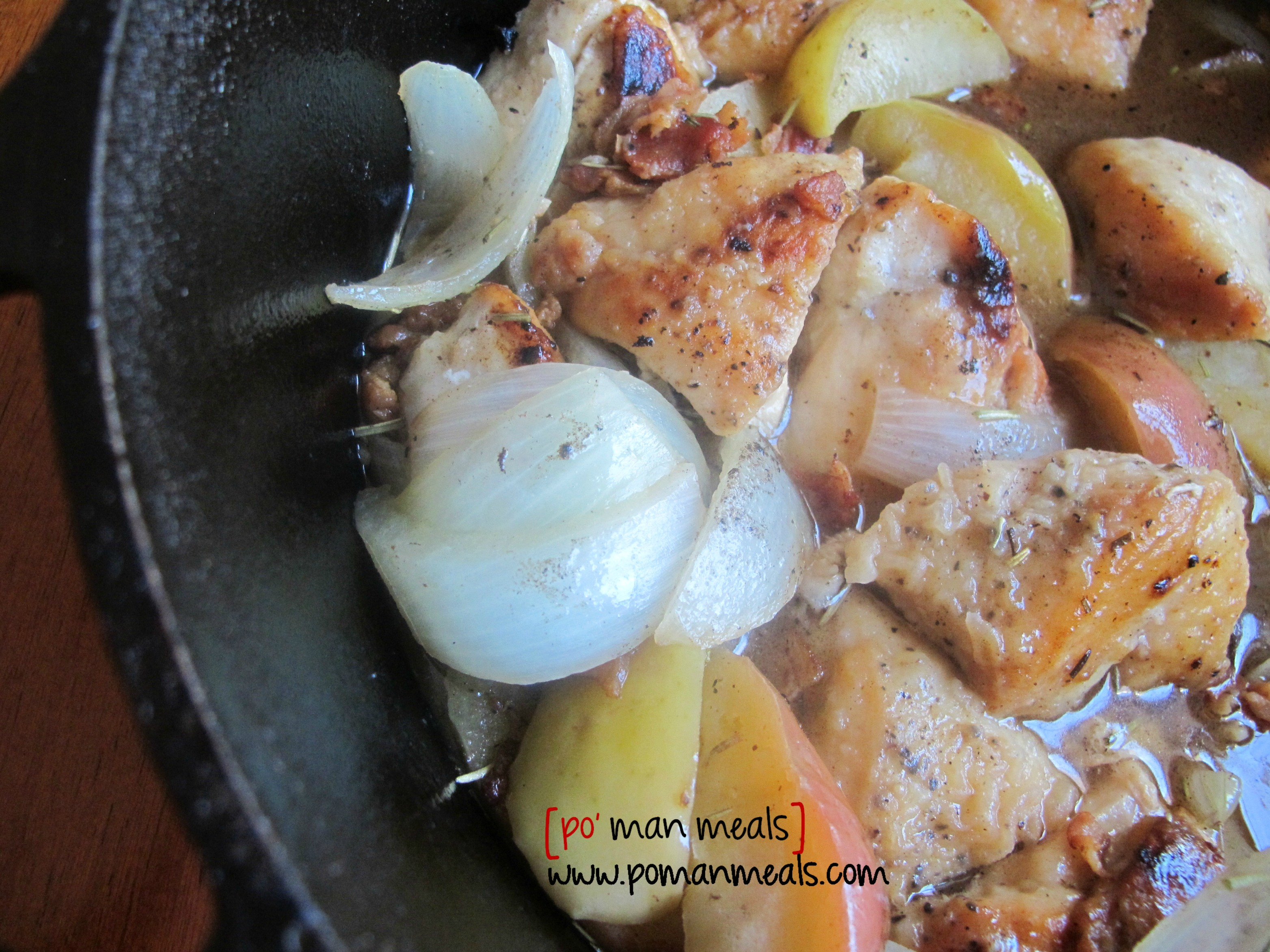 po' man meals - rosemary chicken and apple pot